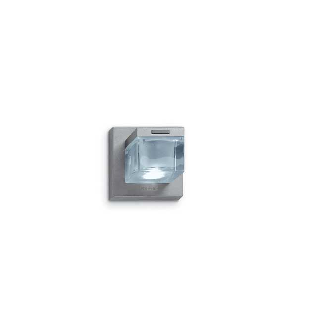 Glim Cube - a parete singolo downlight