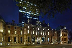 Como The Treasury Building