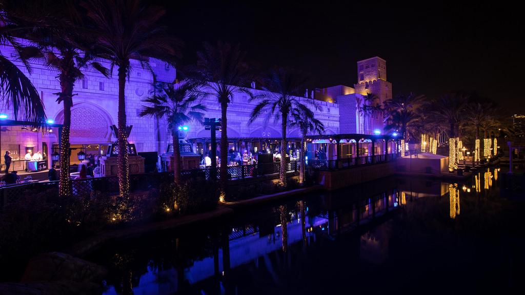 iGuzzini illumina le stelle del calcio a Dubai