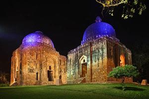 Monumentale Beleuchtung der Sehenswürdigkeiten von Delhi